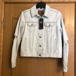 NWT Levi's Original Trucker Distressed Jacket Sz M